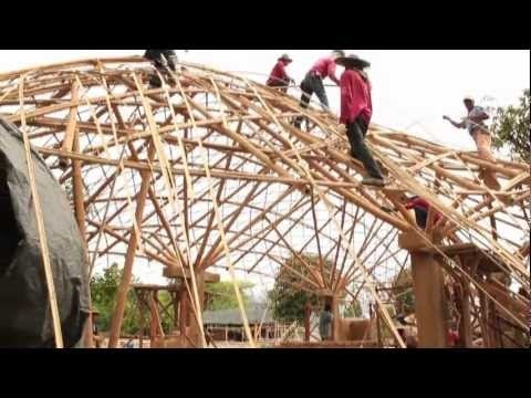 Creative, unique houses in Thailand with green concept. I love the idea. Watch this!
