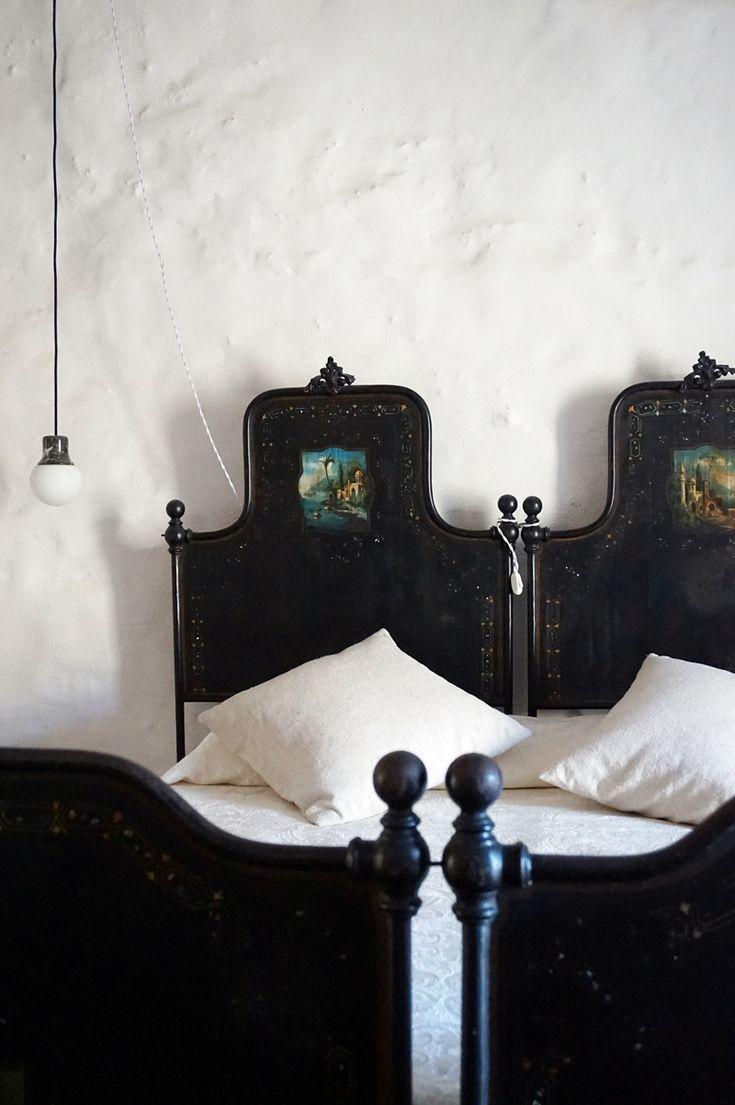 dimora bedroom set%0A La dimora dei Frati in Gratteri  Sicily