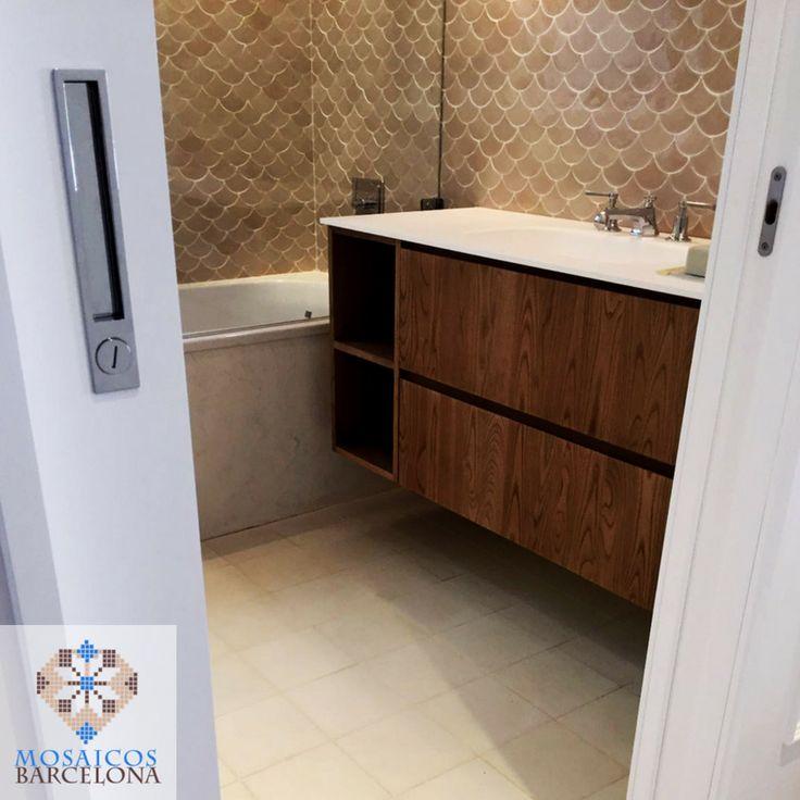 MosaicosBarcelona Cuarto de baño con mosaico en pared en vivienda de barcelona