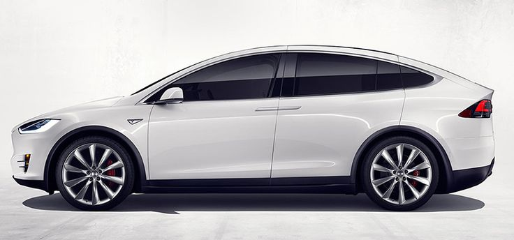 Tesla Model X. Imágenes exteriores e interiores.