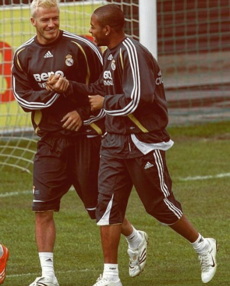 Once upon a time...   Beckham & Robinho - Real Madrid