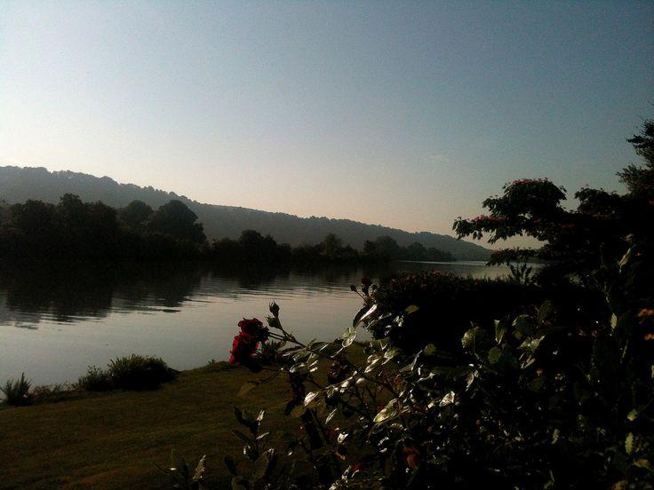 La Seine au petit matin dans le département de l'Eure, région Haute-Normandie.