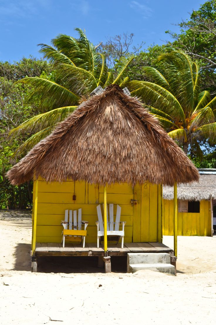 Colorful beach huts for rent - Little Corn Island, Nicaragua