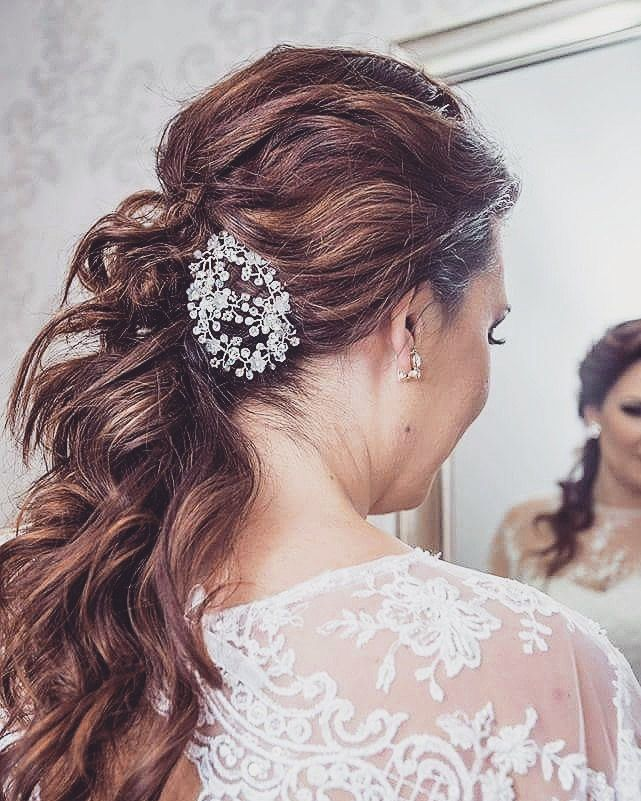 Best 25+ Wedding hair brooch ideas on Pinterest ...