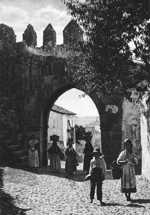 Spain, 1925