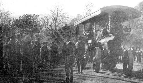 Edgehill.  Accident at Sunrising 'Accident to Menagerie at Sunrising, going from Banbury to Stratford on Avon, May 12th 1910 with two vans full of wild animals and animal freaks, and another containing the retainers, all drawn by a powerful engine'.