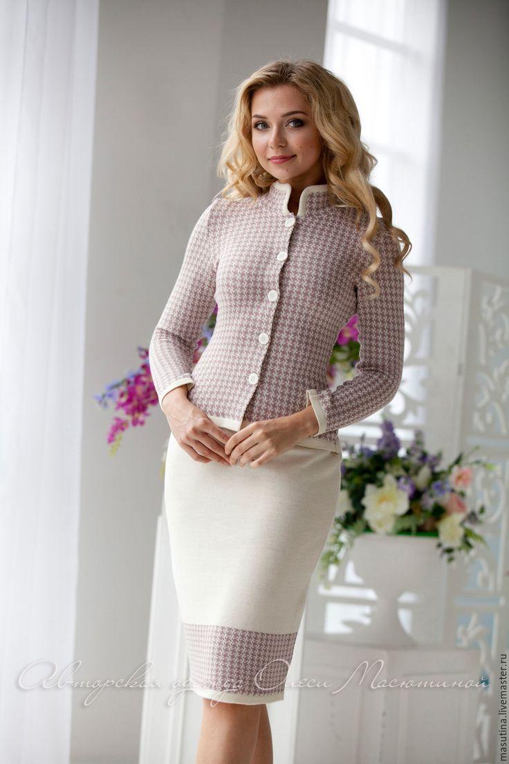 Купить или заказать Костюм ' Troyka' в интернет-магазине на Ярмарке Мастеров. Стильный вязаный жаккардовый костюм- тройка! Состоит из жакета и 2 юбочек- компаньонов, в светлом цвете - для более торжественных случаев и в темном- на каждый день!