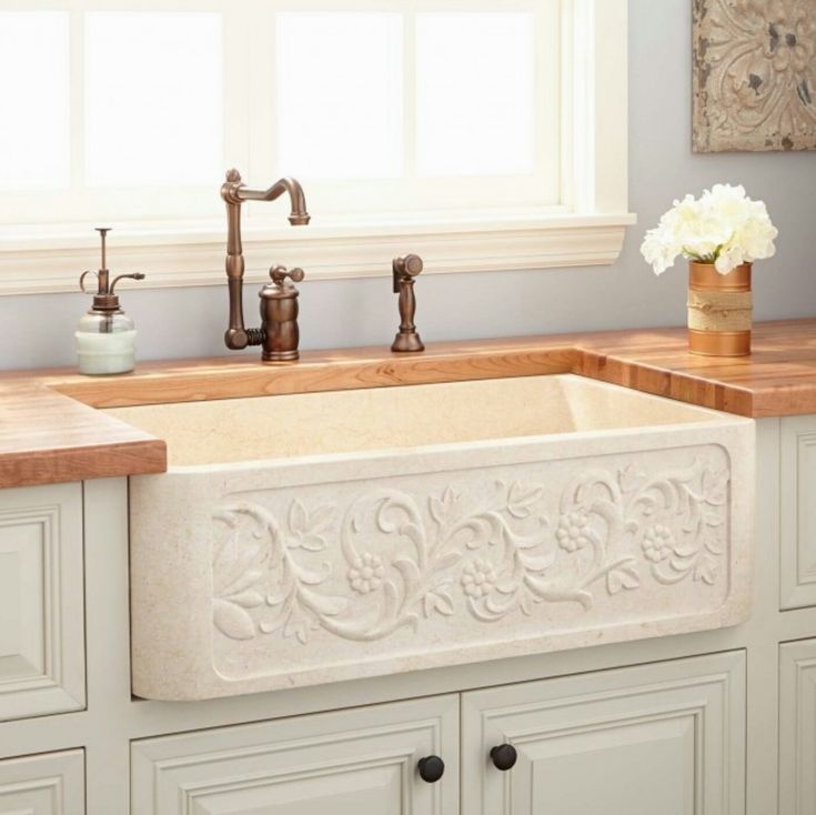 The Polished Marble Farmhouse Sink Has Two Bowls To Accommodate Dishes And  Silverware. Available In Cream Egyptian, This Sink I