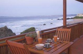 meinHolidayCheck - Südafrika - Plettenberg Bay - Hotel Singing Kettle , der pfeifende Teekessel...sehr treffend...