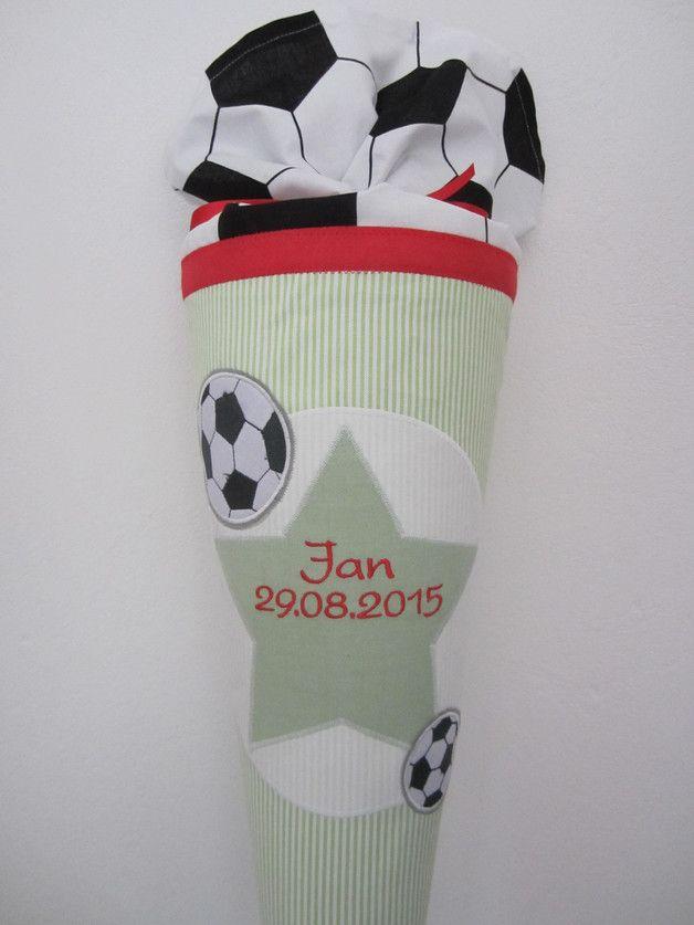 Schultüten - Schultüte Fussball hellgrün/rot - ein Designerstück von MamaundZwerg bei DaWanda