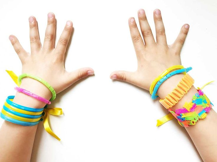 knutselen met rietjes; knutselen; knutselideeën; rietjes; knutselideeën kleuter; knutselideeën peuter; sieraden maken; armbanden maken; armband maken; sieraden kinderen; armband kind; armband meisje; armband jongen; knutselen; binnen; leuke dingen om te doen; regen; slecht weer; armbanden; accessoire