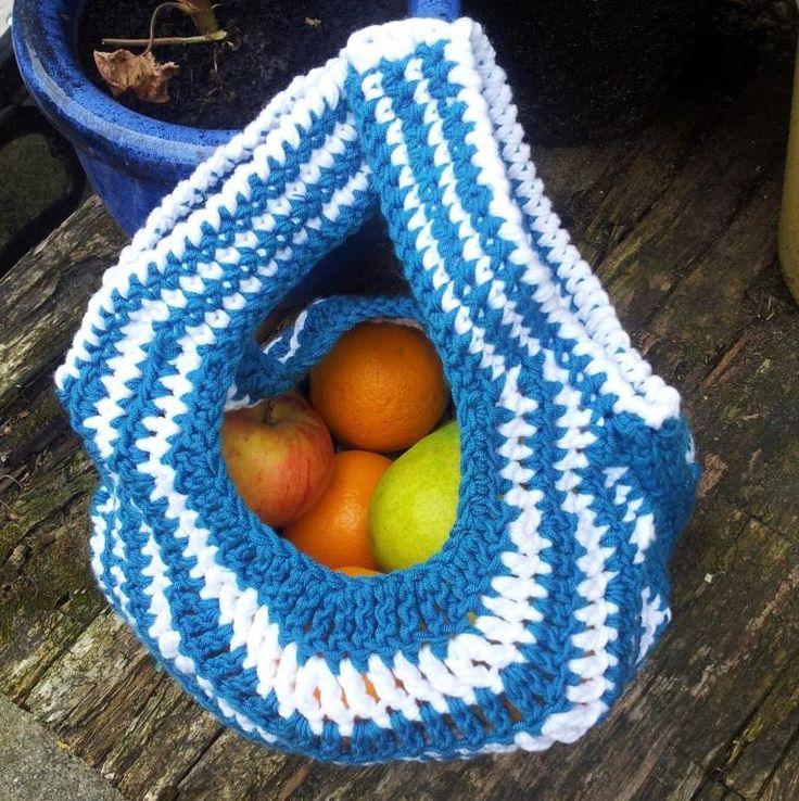 467 best Crochet Plarn Projects images on Pinterest   Crochet ...