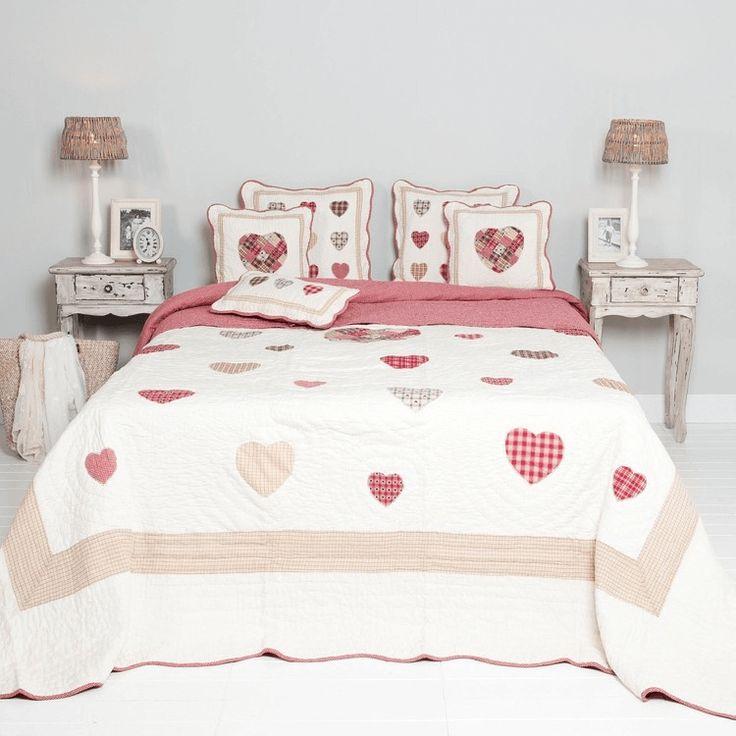 Schlafzimmer Deko Bestellen Vintage Bettueberwurf Herzen Landhaus