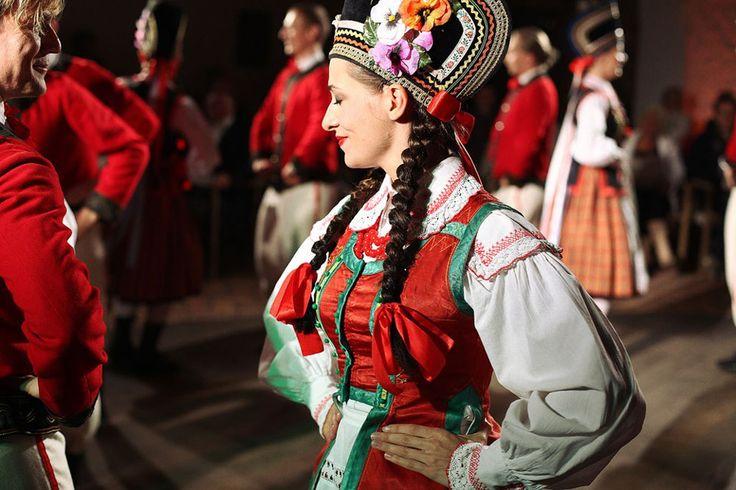 Польские народные костюмы / Polskie STROJE ludowe - Региональные костюмы и традиционные танцы из ...