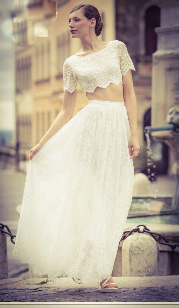 Siete pronte per iniziare a sognare con noi? Cosa ne pensate di questi abiti Mia Couture? .... Visita il nostro sito ... le più belle proposte di abiti on line!!! E in Atelier Prendi il tuo appuntamento! Www.tosettisposa.it #abitiDaSposa2017 #TosettiSposa AlessandroTosetti #VestitiDaSposa #Sposarsi #MadeWithLove #WeddingDress