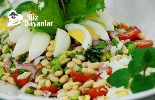 Piyaz Tarifi Bizbayanlar.com  #Biber, #Domates, #KuruFasulye, #Maydanoz, #Soğan, #Yumurta,#MezeTarifleri, #SalataTarifleri http://bizbayanlar.com/yemek-tarifleri/salata-meze-kanepe/salata-tarifleri/piyaz-tarifi/