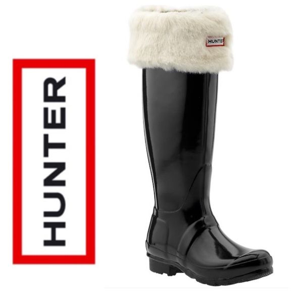 {HUNTER} Boot Liner Fleece White Fur Welly Socks COMING SOON!  Hard to find Hunter Welly Boot Liner Socks. These Hunter Fury Cuff Wellington Socks are made from a soft fleece with a cuff that folds over your Hunter Wellingtons with a Hunter branding tab to the front. New without box! Only tried on but was too big to fit my Welly boots. additional photos and details to follow. Hunter Boots Other