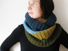 Ravelry: mustaavillaa's Ribbed For Your Warmth * Modelo gratuito