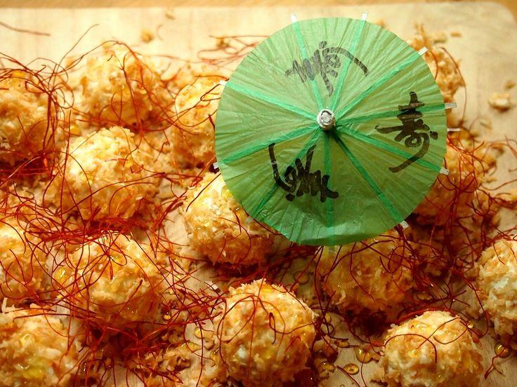 Sýrové kuličky v kokosu s chilli nitěmi z Království chuti
