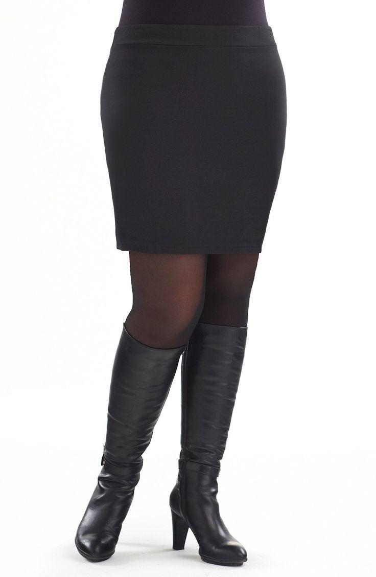 Elastic Waist Knit Mini/black -  Style No: SK8044-03 Cotton elastane stretch mini. Great as a layering piece or on its own. #dreamdiva #dreamdivafiles #fashion #plussize