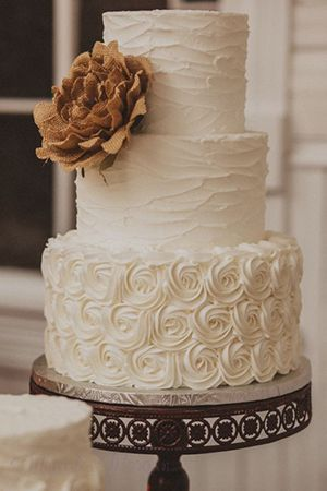 chic vintage buttercream wedding cakes with rustic burlap flower