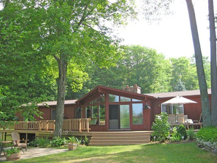 Sauble Beach cottage (#823): Has Dishwasher and Fireplace - TripAdvisor
