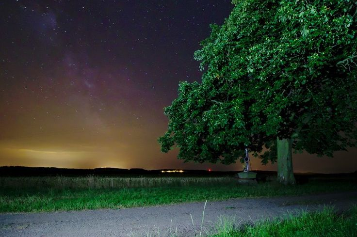 Chrášťany by night...... - Chrášťany - noční foto...... - více: http://goo.gl/Fme48J - foto: Tomáš Marhoun.......