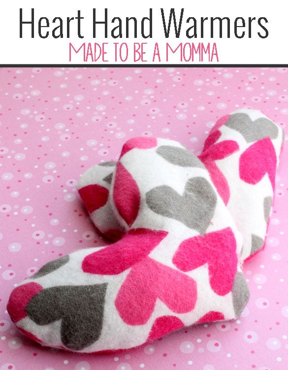 These hand heart warmers are super cute and super easy! So fun for keeping little hands warm at bus stops!