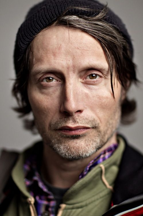 I have no idea why, but this is one of my favorite pics of Mads. Maybe it's just 'cause we all know he can be serious for only, like, five seconds.