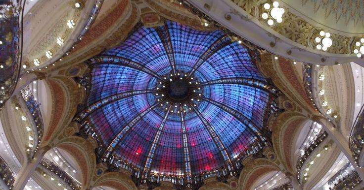 Loja Galeries Lafayette em Paris #viajar #paris #frança