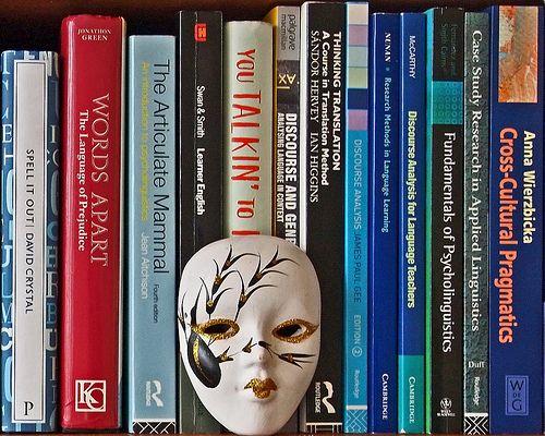 Face. Books.