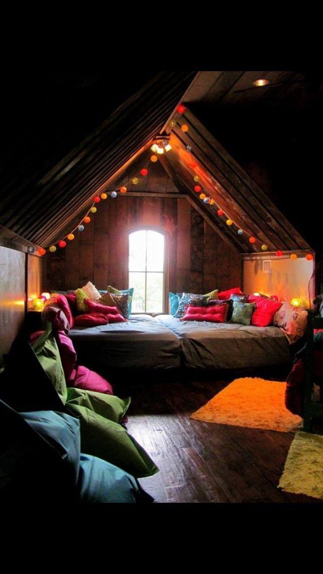 Really cute idea for teen bedroom!!!(: