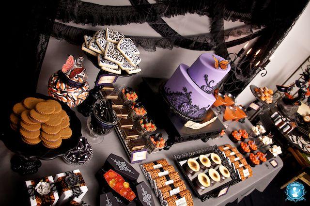 Halloween Sweet Table