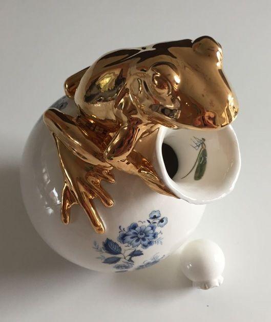 #frog vase Design #lammersenlammers in collection of #studiodewinkel Kikker karaf vaas NIEUW