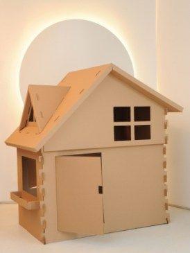 Uma casinha toda de papelão, com telhado e tudo! foto reprodução: Ludiks