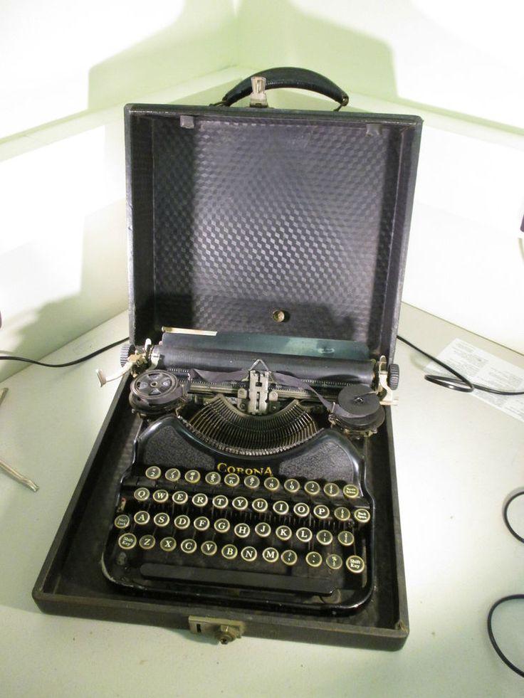 LC Smith Corona 1920's Vintage No.4 Cased Travel Typewriter