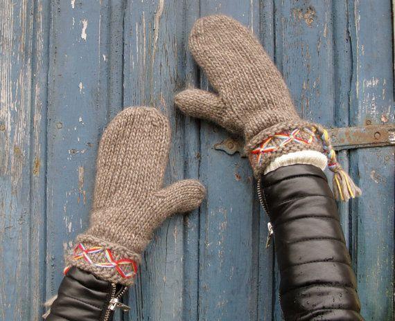 Swedish nordic Scandinavian lovikka mittens Sweden cozy felted hand knitted mittens
