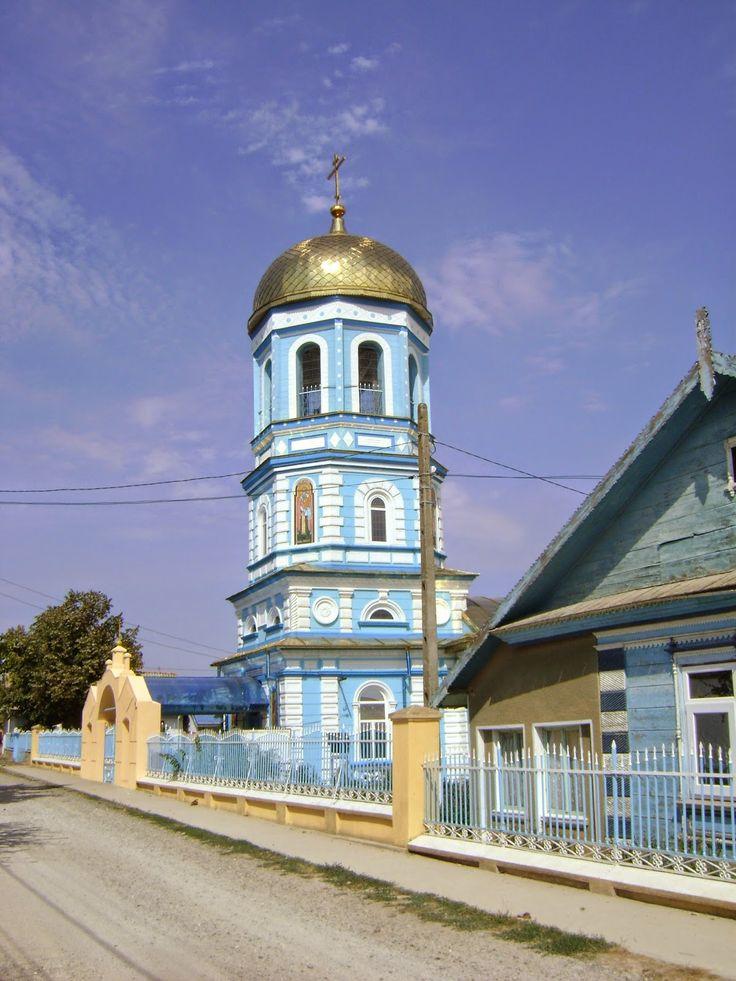 Superb ortodox church in Sarichioi, fishing village, Danube Delta, near Razelm Lake, Dobrogea, www.romaniasfriends.com