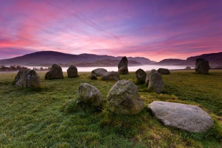 Keswick a Beautiful summers walk - Castlerigg Stone Circle http://www.in-the-lake-district.com/Walking-in-the-Lake-District.html … pic.twitter.com/nQIs2ShQ9n #England #walking #lakes