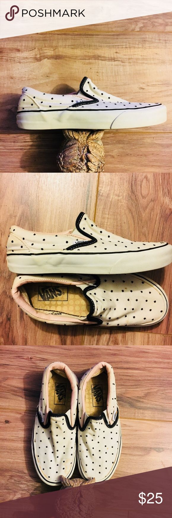 "Women's ""off the wall"" Vans polka dots size 5.5 Minor wear since they don't fit me :( just be aware that they do have a slight smudge on the right pair which could be just from being hidden away in my closet. Otherwise they are adorably cute! I've tried to keep them because I just think they're the cutest but let's be real my foot isn't going to get smaller..   Size 5.5 I'm a 6-6.5 don't be like me and try to fit on them just cause they're on sale!! These are 5.5 and true to size.   Any…"