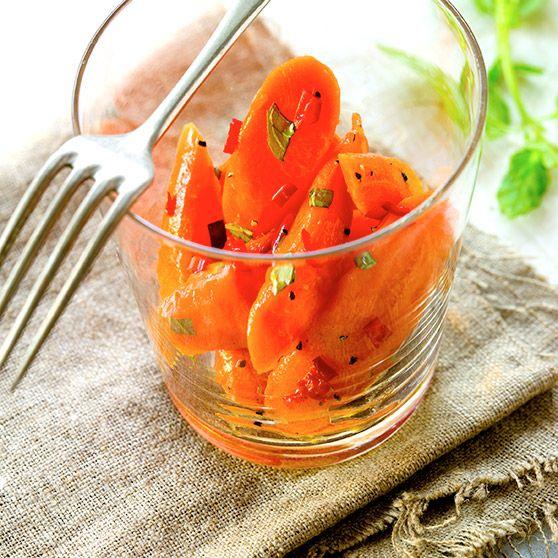 Stegte gulerødder med mynte og chilipeber - Opskrifter