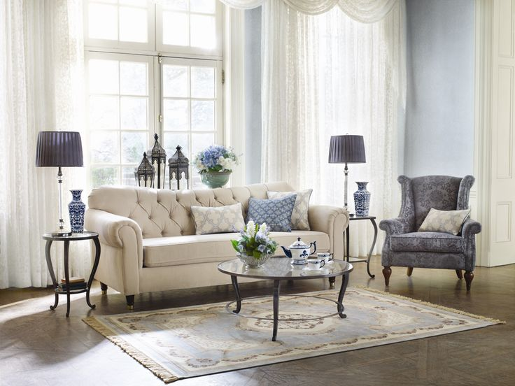 Clarendon sofa bombay canada home sweet home for Sectionals for small rooms canada