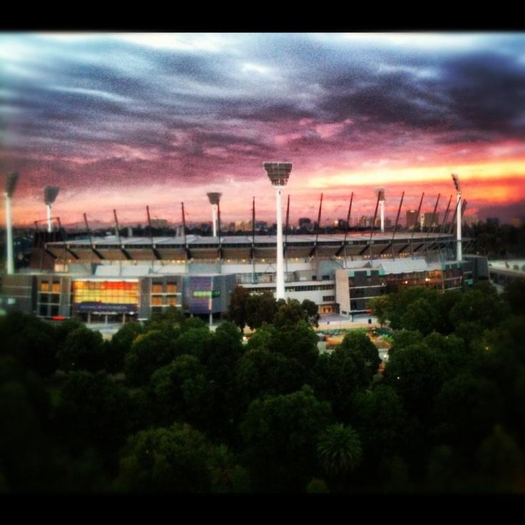 Melbourne Cricket Ground (MCG) - sunrise