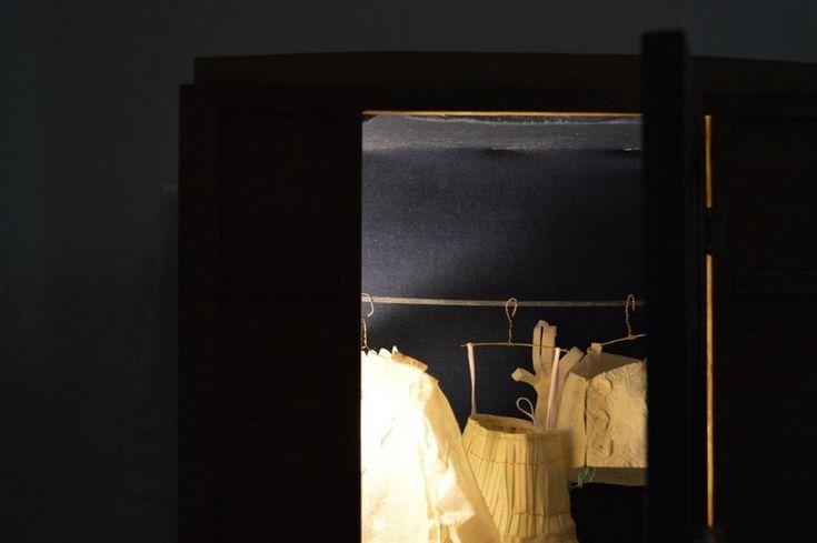 <p>Η έκθεση με τίτλο ''Γυναικεία Μυκονιάτικη Ενδυμασία: Μια σπουδή στον Αιγαιακό Πολιτισμό'', που παρουσιάζεται από τις 29 Απριλίου μέχρι και αύριο στο Ίδρυμα Κατακουζηνού, είναι ένα project που όπως μας εξήγησε η επιμελήτρια κα. Μίνα Καραγιάννη ξεκίνησε: ''Τον Σεπτέμβρη του 2014, ο κ. Μετζικώφ είχε ξεκινήσει λίγο νωρίτερα. Κάθε έκθεση, …</p>