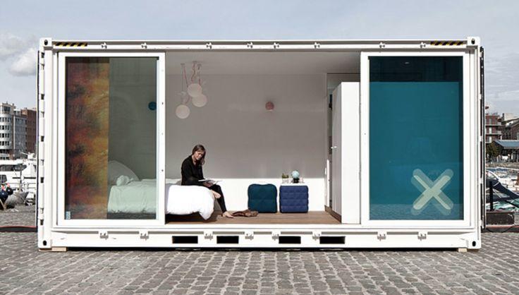 Sleeping Around @ Godefriduskaai - TV program Villa Van Thilt