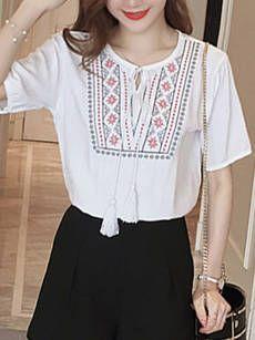 Round Neck Tassel Embroidery Short Sleeve T-Shirt