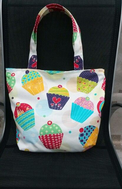 Cupcake canvas totebag. Rp 175,000. Sms to 081410035250 for order. Your order will be sent within 5 days after payment.