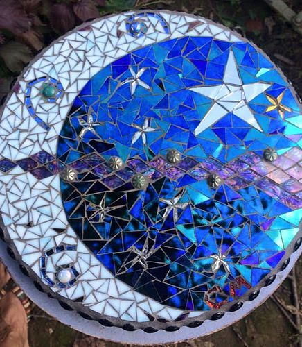Mosaic Garden Stones: 159 Best Images About Mosaic Table Tops On Pinterest