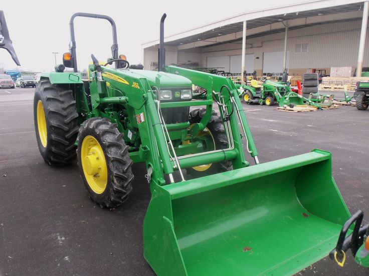 John Deere  5055E equipped with 553 loader