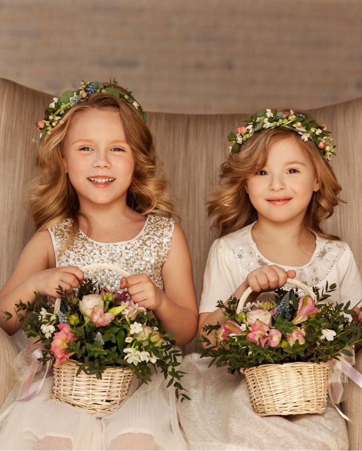 Blumenkinder Auf Der Hochzeit Tipps Und Ideen Hochzeitskiste Blumenkinder Hochzeit Hochzeit Blumen Fur Hochzeit